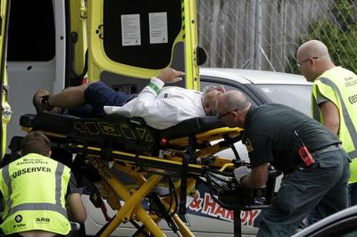 """Xả súng điên cuồng làm 40 người chết là """"khủng bố"""""""