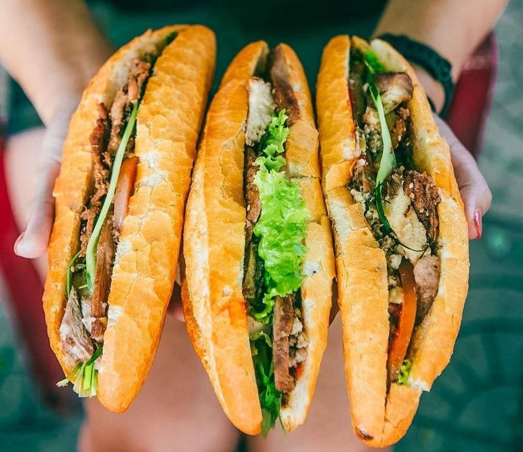 Bún bò Huế, phở bò và 10 món ăn Việt nổi tiếng trên thế giới