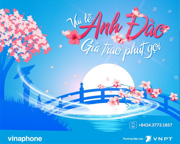 Khách hàng VinaPhone đi xem hoa anh đào được tặng cước roaming
