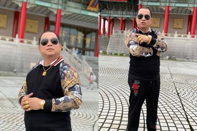 Chồng Thuý Hạnh gây choáng khi đeo vàng đầy tay, diện đồ 'hổ báo'