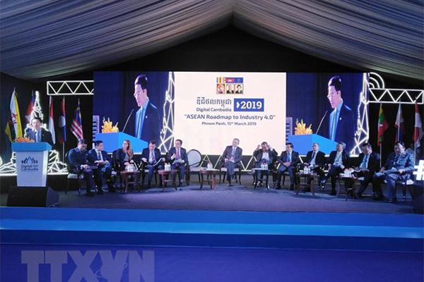 Bộ trưởng Nguyễn Mạnh Hùng,Cách mạng Công nghiệp 4.0,CMCN 4.0,ASEAN,CNTT,Bộ TT&TT,Hệ sinh thái số