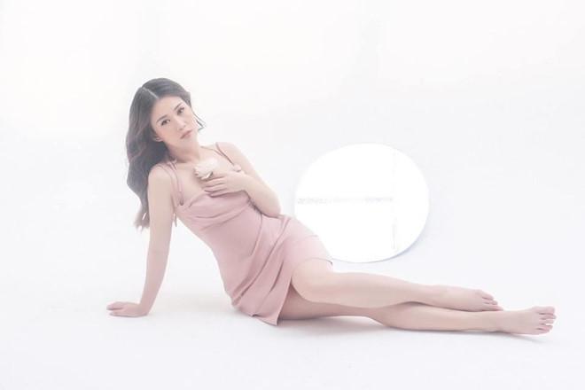 Hot girl Ngọc Thảo ngày càng gợi cảm và quyến rũ
