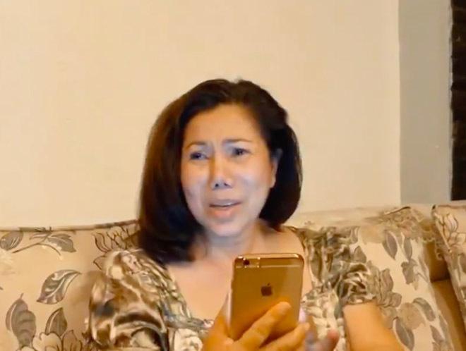 Ngân 98 thích gây sốc, khoe thân táo bạo: Mẹ Lương Bằng Quang phản ứng bất ngờ