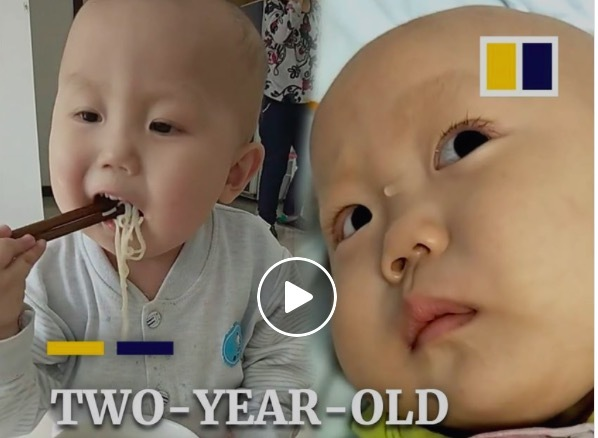 Rớt nước mắt nhìn bé 2 tuổi kiên trì chống chọi ung thư