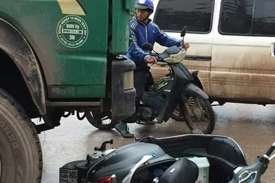 Nữ sinh lớp 9 chạy xe máy điện bị xe tải cán chết thương tâm