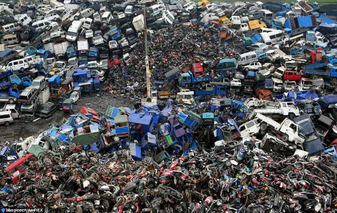 Cận cảnh nghĩa địa xe máy khổng lồ tại Trung Quốc