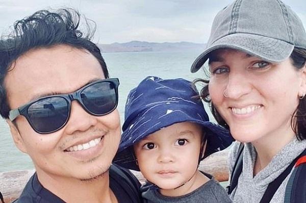'. Bé 2 tuổi sống sót trong vụ xả súng New Zealand nhờ được bố đỡ đạn .'