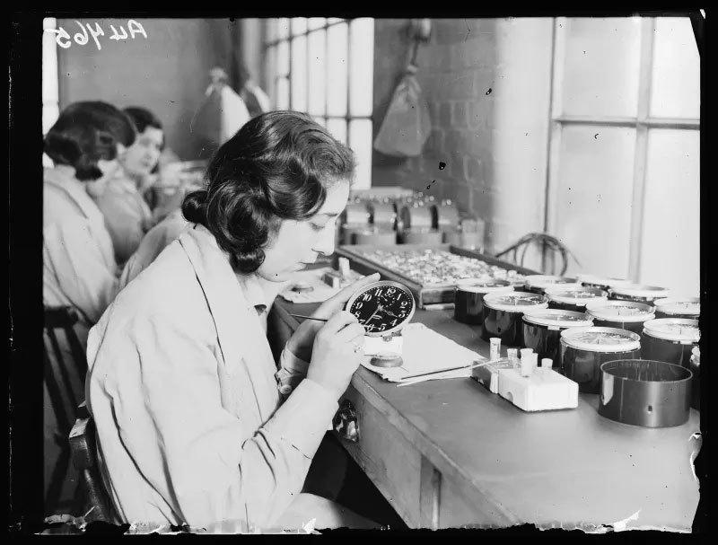 Cô gái radium,phóng xạ,nhiễm xạ,kỷ nguyên đen tối