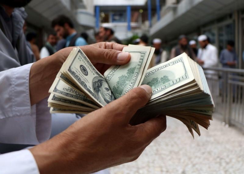 Tỷ giá ngoại tệ ngày 27/2, USD lấy đà phục hồi