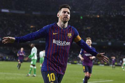 Messi lập hat-trick, Barca bỏ xa Atletico 10 điểm