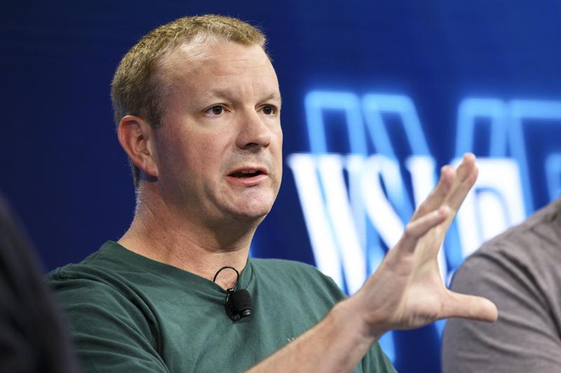 Đồng sáng lập WhatsApp lại kêu gọi mọi người xóa Facebook