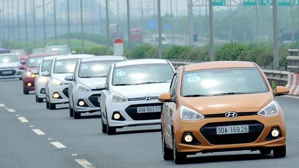 xe nhỏ giá rẻ,ô tô giá rẻ,Hyundai i10,Kia Morning,Toyota Altis,Hyundai Elentra