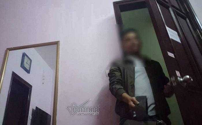 Rùng mình dịch vụ mát-xa tại nhà, nhân viên toàn 'hàng tuyển' ở Hà Nội
