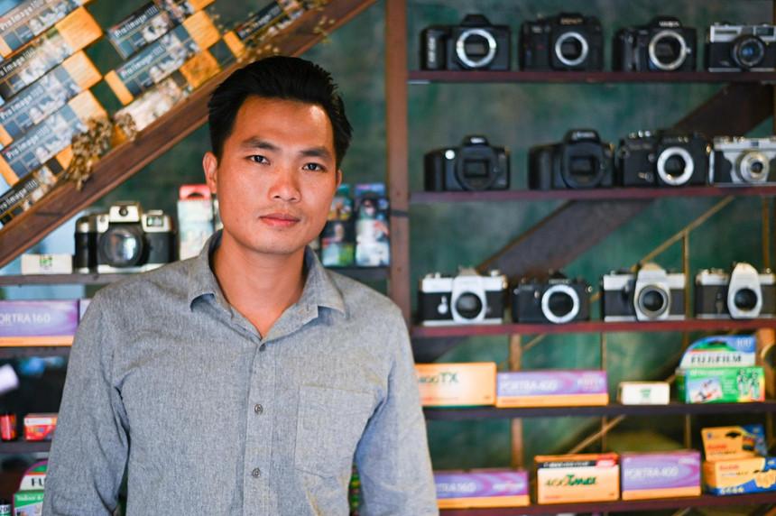 Chàng trai Việt trẻ nhất đặt chân lên 'nóc nhà thế giới' là ai?