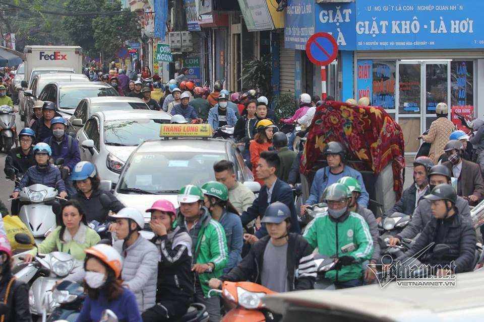 Hà Nội không phải cấm, làm cách này xe máy cất ở nhà hết