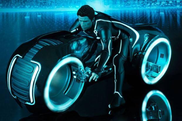 Đức Tào Phớ,Tron Light Cycle,siêu mô tô chạy điện,siêu mô tô không vành
