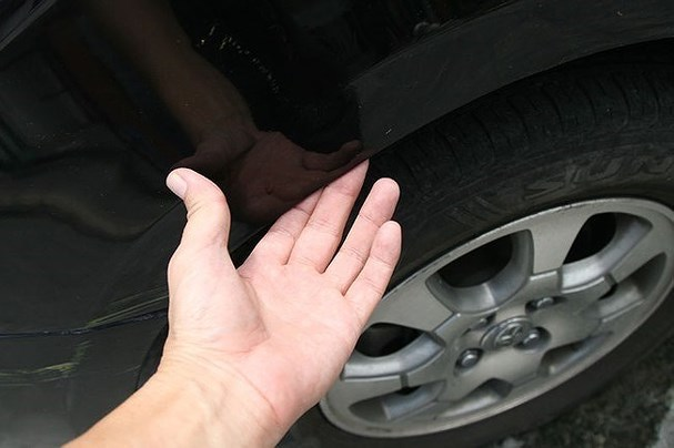 Cách phát hiện ô tô được 'mông má' sau tai nạn
