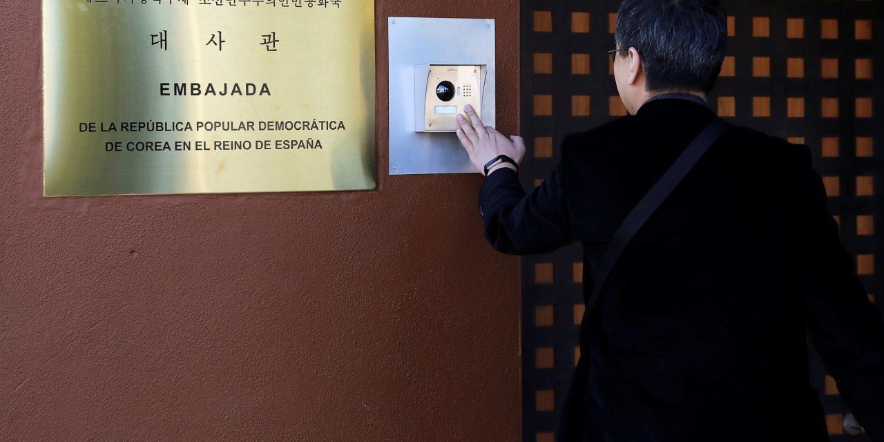 Bí ẩn nhóm tình nghi tấn công táo tợn sứ quán Triều Tiên