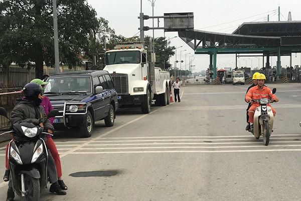 An ninh trật tự thắt chặt ngày đầu thu phí trở lại BOT Mỹ Lộc