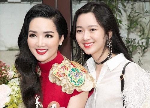 Con gái hoa hậu và đại gia: Xinh đẹp, thừa kế khối tài sản nghìn tỷ