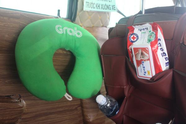 GrabCar chở cả thân thương giữa Sài thành