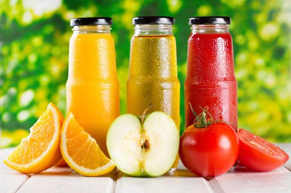 Uống nước trái cây thay thuốc, người phụ nữ tử vong sau 5 ngày sốt cao