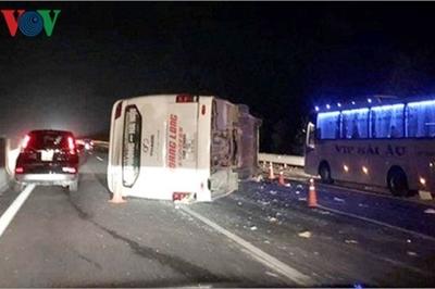 Nổ lốp trên cao tốc, hiểm họa từ sự chủ quan của tài xế