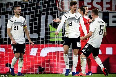 Đức thoát thua trước Serbia