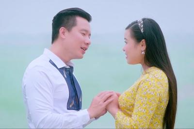 Ca sĩ đẹp trai nhất Sao Mai tái xuất sau thời gian 'nằm ổ' theo vợ