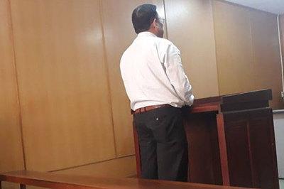 Cán bộ quản lý thị trường vòi tiền doanh nghiệp ở Sài Gòn lãnh án