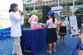 Cứ 2 trẻ thì có 1 trẻ nghỉ học vì đau răng