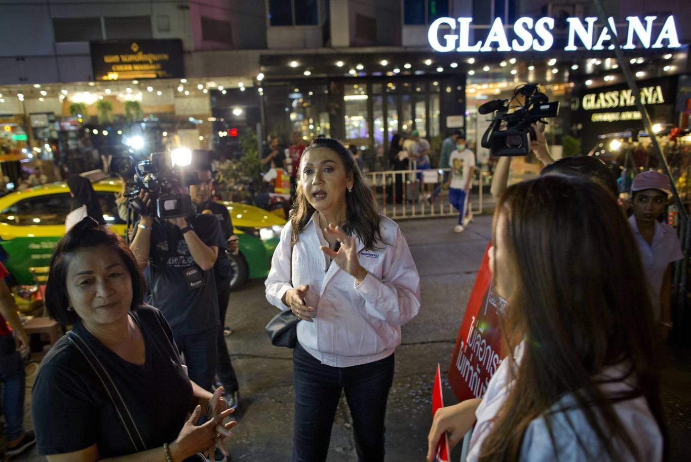 Dung nhan ứng viên chuyển giới tranh ghế thủ tướng Thái Lan