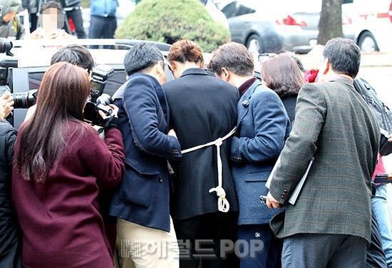 Jung Joon Young bị trói tay, đợi lệnh bắt giữ từ Tòa án