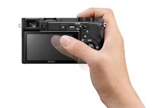 Sony ra mắt α6400, máy ảnh lấy nét nhanh nhất thế giới