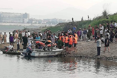 8 học sinh chết đuối ở Hòa Bình: Phó Thủ tướng chia buồn với gia đình