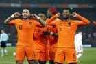 """Hà Lan đại thắng """"bốn sao"""" trận ra quân Euro 2020"""