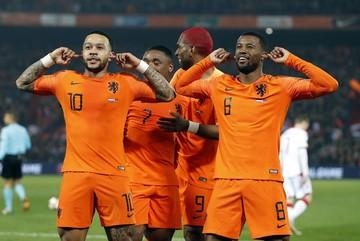 """Hà Lan đại thắng """"bốn sao"""" trận ra quân vòng loại Euro 2020"""