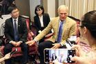 Huyền thoại golf Greg Norman giúp Việt Nam kéo khách chơi golf