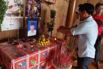 Phạm nhân đâm chết bạn tù ở Hà Tĩnh: Nữ đại úy công an bị đình chỉ