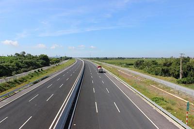 Thủ tướng chỉ thị đẩy nhanh GPMB đường bộ cao tốc Bắc-Nam