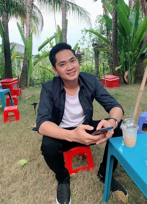 Việt Trinh lần đầu khoe con trai sau 9 năm giấu kín