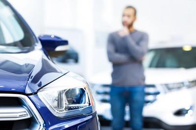 Tôi nên mua xe hơi chạy xăng, diesel hay hybrid?