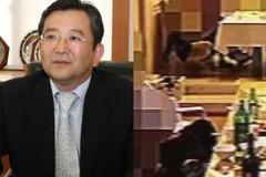 Cựu thứ trưởng Hàn vướng loạt bê bối tiệc sex bị tạm giữ ở sân bay