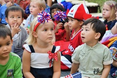 Rực rỡ sắc màu hơn 50 quốc gia tại một ngôi trường