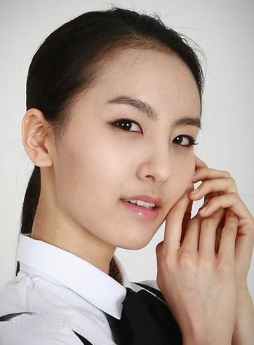 Ngủ với 30 người để có 1 vai diễn: Showbiz Hoa, Hàn đáng sợ tới mức nào?