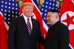 Ông Trump huỷ trừng phạt mới với Triều Tiên, hé lộ lý do khó tin