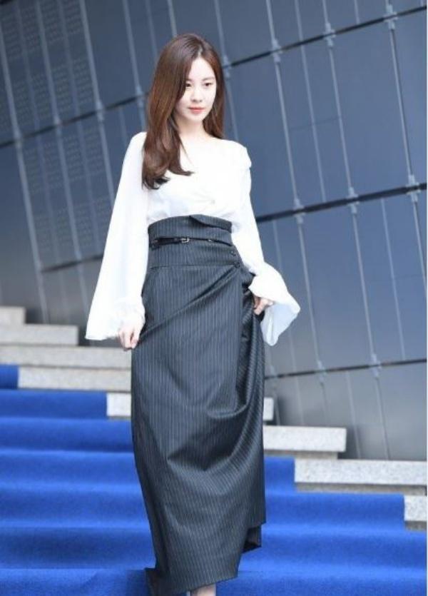 Seungri bị khui đoạn chat dẫn gái mại dâm cho doanh nhân Nhật