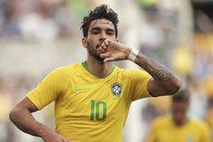 """Brazil bị """"tí hon"""" Panama cầm chân"""