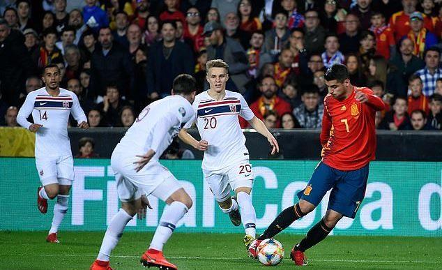 Tây Ban Nha chật vật hạ Na Uy trận ra quân vòng loại Euro 2020