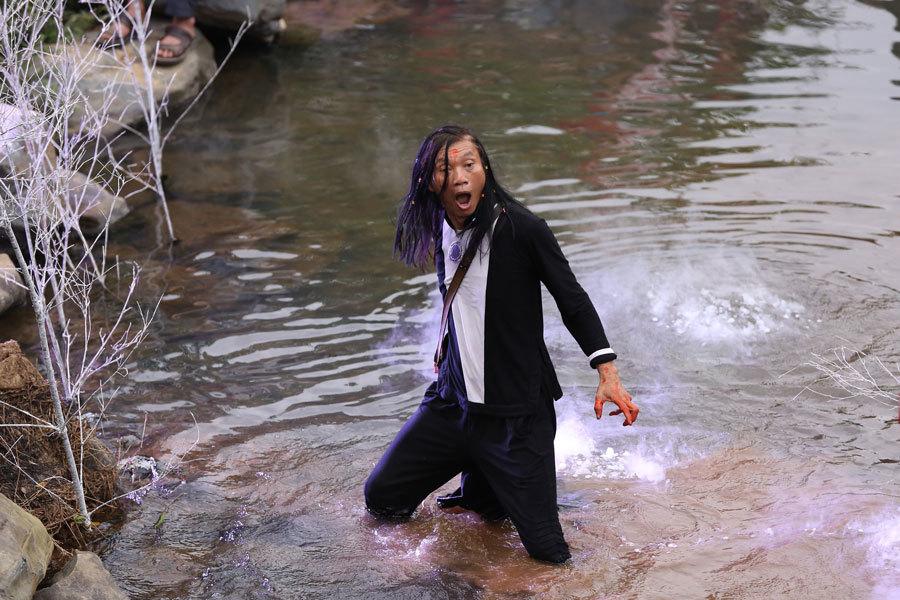 Đào Anh Khánh gần như 'hoá điên' trước người đẹp trong Đáo xuân 9